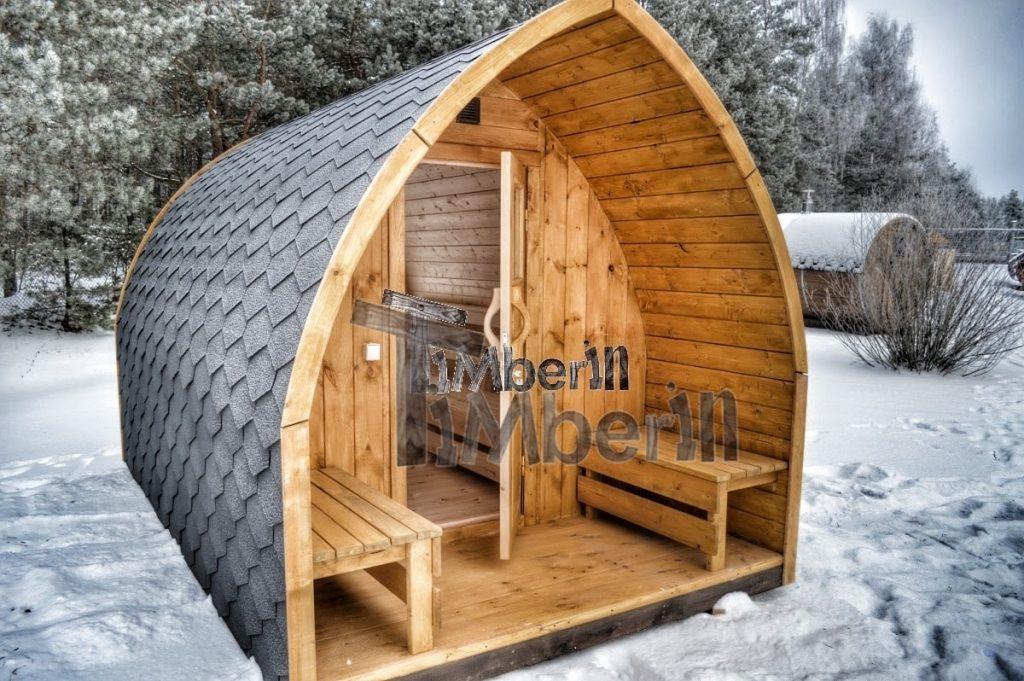 Beau design extérieur Iglu de sauna de jardin en hiver avec la fenêtre panoramique