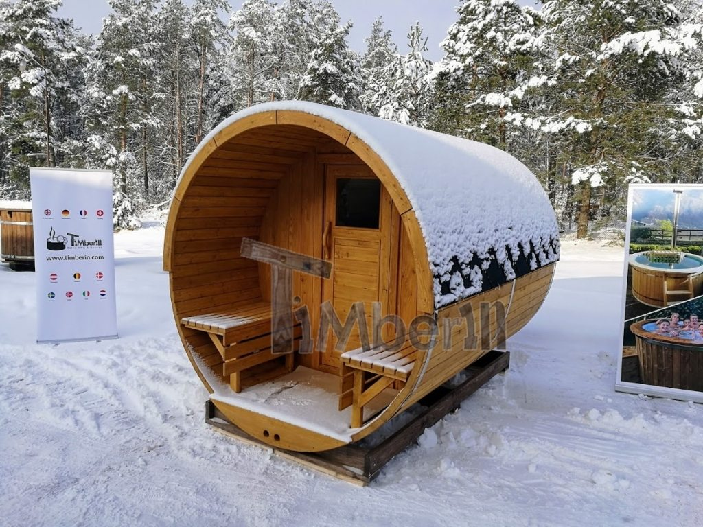 Sauna barrique pendant l'hiver
